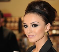 makeup + hair. cher lloyd. omg i want her face. so pretty!