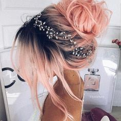 Pink peach hair color in dark roots made in a messy bun girdled with tiny flower.-- Pink peach hair color in dark roots made in a messy bun girdled with tiny flower crown Wedding Hair Inspiration, Style Inspiration, Grunge Hair, Gold Hair, Cool Hair Color, Food Color Hair Dye, Amazing Hair Color, Vivid Hair Color, Pretty Hairstyles
