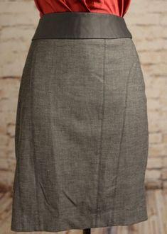 0c2e1f4ffc85e Express Women Straigth Pencil Skirt Gray Oxfor Black Size 4  92