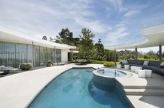 Architecture Pools | Rosamaria G Frangini || Trousdale Estates Contemporary Home / Dennis Gibbens Architects