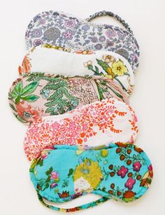 For the one sleep-in morning of the year, perhaps: gorgeous cotton eye masks from Plum Pretty Sugar Sewing Crafts, Sewing Projects, Sewing Hacks, Art Projects, Costura Diy, Plum Pretty Sugar, Bridesmaid Gift Boxes, Little Presents, Diy Couture