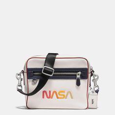 61639d3ccfcd81 16 кращих зображень дошки «Рюкзак» за 2017 | Backpack bags, Fashion ...