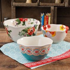 The Pioneer Woman Flea Market 3-Piece Scalloped Serving Bowl Set, Assorted