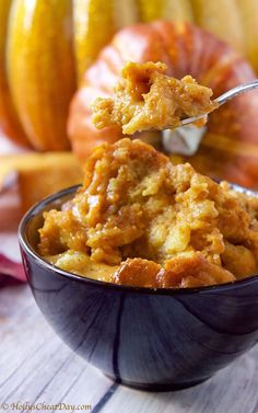 Slow cooker / crockpot pumpkin bread pudding for fall / autumn and Thanksgiving…. Slow cooker / crockpot pumpkin bread pudding for fall / autumn and Thanksgiving. Pumpkin Recipes, Fall Recipes, Great Recipes, Favorite Recipes, Crock Pot Desserts, Slow Cooker Desserts, Dessert Recipes, Dinner Recipes, Crock Pot Bread