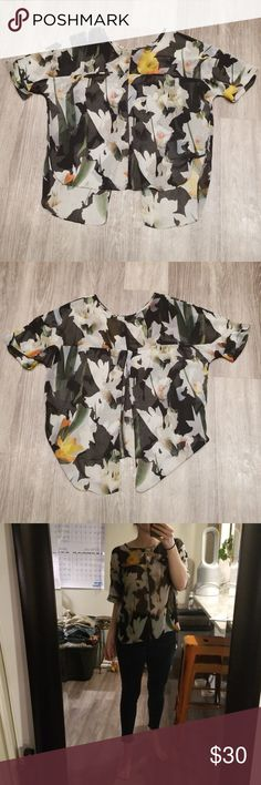 huge selection of 1034c 1d630 TOPSHOP Chiffon Floral Top Lightly used.