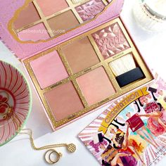 The Benefit Cheekathon Blush Kit, in love with the colors