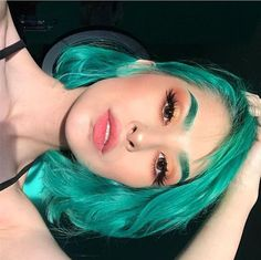 beautiful, hair e beauty imagem no We Heart It Hair Dye Colors, Cool Hair Color, Two Color Hair, Dye My Hair, New Hair, Curly Hair Styles, Natural Hair Styles, Aesthetic Hair, Synthetic Lace Front Wigs