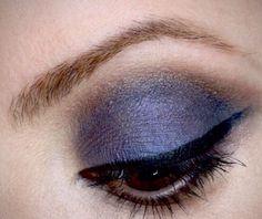 http://juliapetit.com.br/tv-petiscos/julia-petit-tutorial-de-esfumado-azul-e-marrom-com-produtos-dafiti/