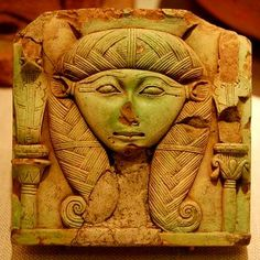 Woman of Green Ptolemaic Period (332-330) Greek rule in Egypt Image of an Egyptian goddess showing influence of Greek art style Oriental Institute,University of Chicago