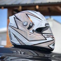Biker Helmets, Custom Motorcycle Helmets, Custom Helmets, Racing Helmets, Custom Bikes, Karting, Helmet Paint, Helmet Design, E30