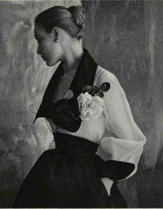 Fashion by Jacques Fath, 1952.