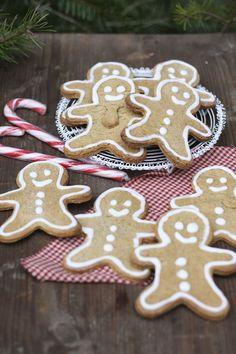 Laktosefreie Post aus meiner Küche, Laktosefreie Lebkuchenmänner, Laktosefreie Ahorn-Walnuss-Sterne, Bratapfelmarmelade, Adventszucker