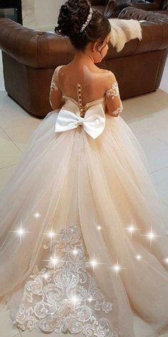 Pretty Tulle Bateau Neckline Ball Gown Flower Girl Dress With Lace Appliques & Bowknot Wedding Flower Girl Dresses, Lace Flower Girls, Little Girl Dresses, Bridal Dresses, Girls Dresses, Bridesmaid Dresses, Flower Girl Gown, Bridesmaids, Short Dresses