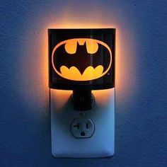 Batman Night Light- It's cute. And it's Batman. You just can't beat Batman. Baby Batman, Batman Room, Baby Superhero, Superhero Room, Batman Chair, Superman, Batman Bathroom, Boy Room, Kids Room