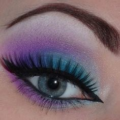 Website showing really cool eye makeup ideas. :)