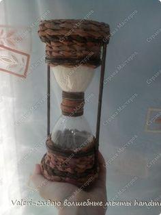 Поделка изделие Моделирование конструирование Плетение Песочные часики-ой манные  Бутылки пластиковые Клей Краска Трубочки бумажные фото 2