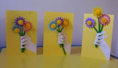Cute Mother's Day card made from child's hand and wrist print, paper flowers and folded construction paper. Or Father's Day for my lil ones! Art For Kids, Crafts For Kids, Arts And Crafts, Mothers Day Cards, Mother Day Gifts, Cute Crafts, Easy Crafts, Mother's Day Theme, Mother's Day Activities