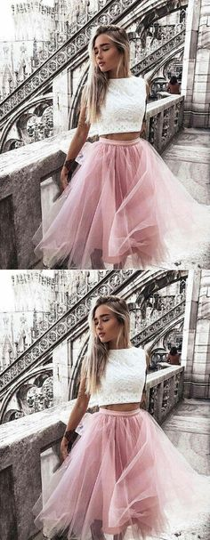Stylish Two Piece Bateau Sleeveless Knee Length Pink Tulle Homecoming Dresses With White Lace#TwoPieceHomecomingDress#FashionHomecomingDresses#WhiteLace#PearlPinkTulle#BeautifulPartyDress