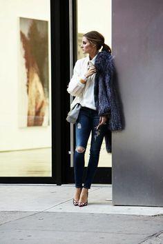denim dchir femme chemise blanche sac bandoulire en cuir gris