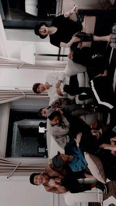 Wall paper bts jimin tela de bloqueio ideas for 2019 Bts Jimin, Bts Taehyung, Bts Bangtan Boy, Yoongi Bts, Hoseok Bts, Bts Lockscreen, Foto Bts, Bts Group Picture, Bts Group Photos