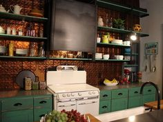 STOVE!!!!!      A Hatmaker Home Renovation : On TV : Home & Garden Television