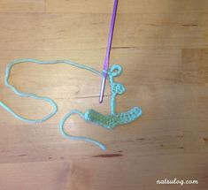 I love the anchor motif! I think we all need this motif more of less as our summer decoration! I spent quite some time to create the anchor crochet pattern. Today, I can finally share the patte… Crochet Diagram, Free Crochet, Half Double Crochet, Single Crochet, Crochet Anchor, Anchor Pattern, Christmas Knitting Patterns, Writing Numbers, Trapillo