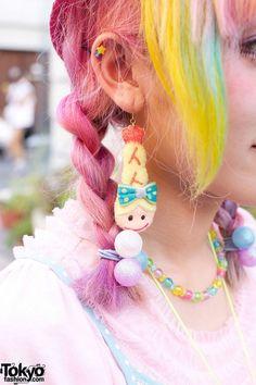 Kumamiki w/ Rainbow Hair, Bows & Cute Party Baby Shrimp in Harajuku Harajuku Japan, Harajuku Fashion, Kawaii Fashion, Rainbow Braids, Rainbow Hair, Mermaid Glitter, Mermaid Hair, My Little Pony Hair, Baby Shrimp