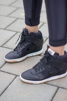 Nike Dunk Sky High Schoenen