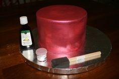 How to paint a cake with luster dust - Sweet Indulgence Cakes