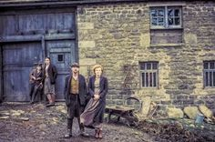 Torrent's Séries: The Village A série inicia em 1914, encerrando su...
