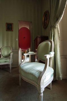 Elizabeth Woods and Kevin Leong - Mouvements Dialectiques - Château de La Motte-Tilly - 2009
