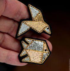 """Комплект брошей   """"Оригами """" ручная вышивка ."""