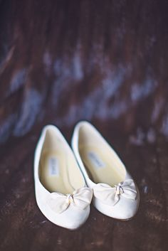 The bride's grandmothers vintage shoes!
