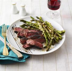 Grilled Steak & Asparagus with Stout Sauce