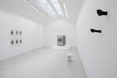 Daniel Firman, Courtesy Galerie Perrotin