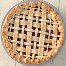 Saw this and fell in love a little.....  Pie crust tips | King Arthur Flour