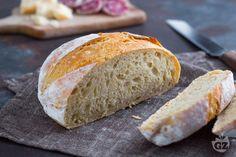 Il pane facile fatto in casa è davvero semplice da preparare. Scopri come realizzarlo con i nostri passaggi, utilizzando una farina 0 e senza impasto! Italian Pasta, Cooking, Pane Pizza, Youtube, Breads, Recipes, Food, Brioche, Brot