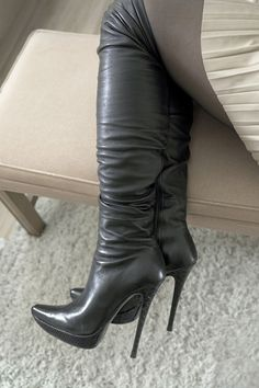 Nando Muzi made in ITALY stiletto high heels platform boots size 37 7 Knee High Heels, Sexy High Heels, High Heels Stilettos, Thigh High Boots, High Heel Boots, Sexy Boots, Tall Boots, High Leather Boots, Hot Shoes