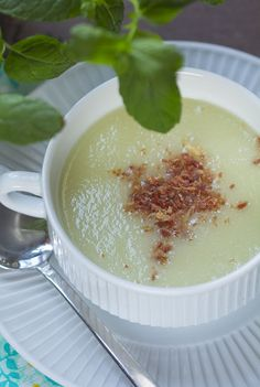 Sopa fria de melón y hierbabuena con THERMOMIX