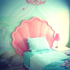 Mermaid themed bedroom. So cute!