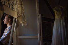Die Vorbereitung der Braut zuhause oder im Hotel ist immer schöner als beim Friseur. #gettingready #brautmakeup