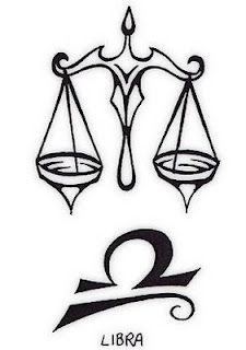 Like the bottom design. Would go nicely at the back on a finger or behind the ear in white ink