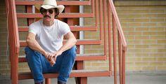 """""""Dallas Buyers Club"""" - Das Leben des Vollblut-Cowboys Ron Woodroof (Matthew McConaughey) ändert sich abrupt, als er erfährt, dass er HIV-positiv ist."""