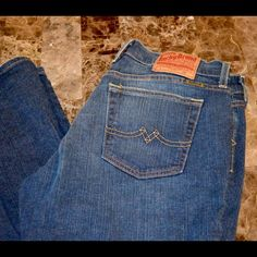 "Lucky Brand Sweet N' Low Jeans 33"" inseam Lucky Brand Sweet N' Low Jeans Size 8 / 29 Excellent Like New Dark 99% cotton 1%  Wash Approximate 33"" inseam and 8"" rise Item Location Bin  T1 Lucky Brand Jeans Boot Cut"
