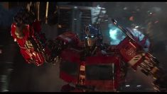 A brand new featurette has dropped for the upcoming Transformers: Bumblebee movie and it prominently focuses on the aspect of the film. Transformers Bumblebee, Transformers Optimus Prime, A Thief's End, Transformers Collection, Rescue Bots, Sci Fi Fantasy, Live Action, The Guardian, Comic Art