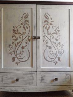 Trastos en el doblao: Primer post invitado: un mueble en tonos blancos.