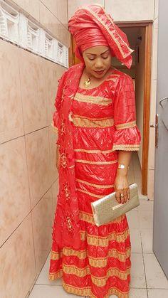 Je veux enregistré dans mon tel  comment je fais African Wear, African Dress, African Fashion Dresses, Fashion Outfits, Womens Fashion, Dress Skirt, Skirt Set, Africa Fashion, African Beauty