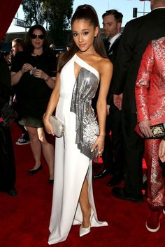 One of our favourite glowing skin looks of the night!  Ariana Grande Is Wearing Versace at the 2015 Grammy Awards - Pret-a-Reporter