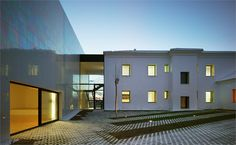 music-hall-and-house-in-algueña-muca