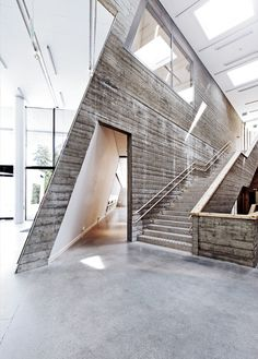 Artipelag  Located in a pine forest on Värmdö island, about 20 minutes outside the city of Stockholm, the gallery is the brainchild of Lillemor and Björn Jakobson, creator of the BabyBjörn baby carrier
